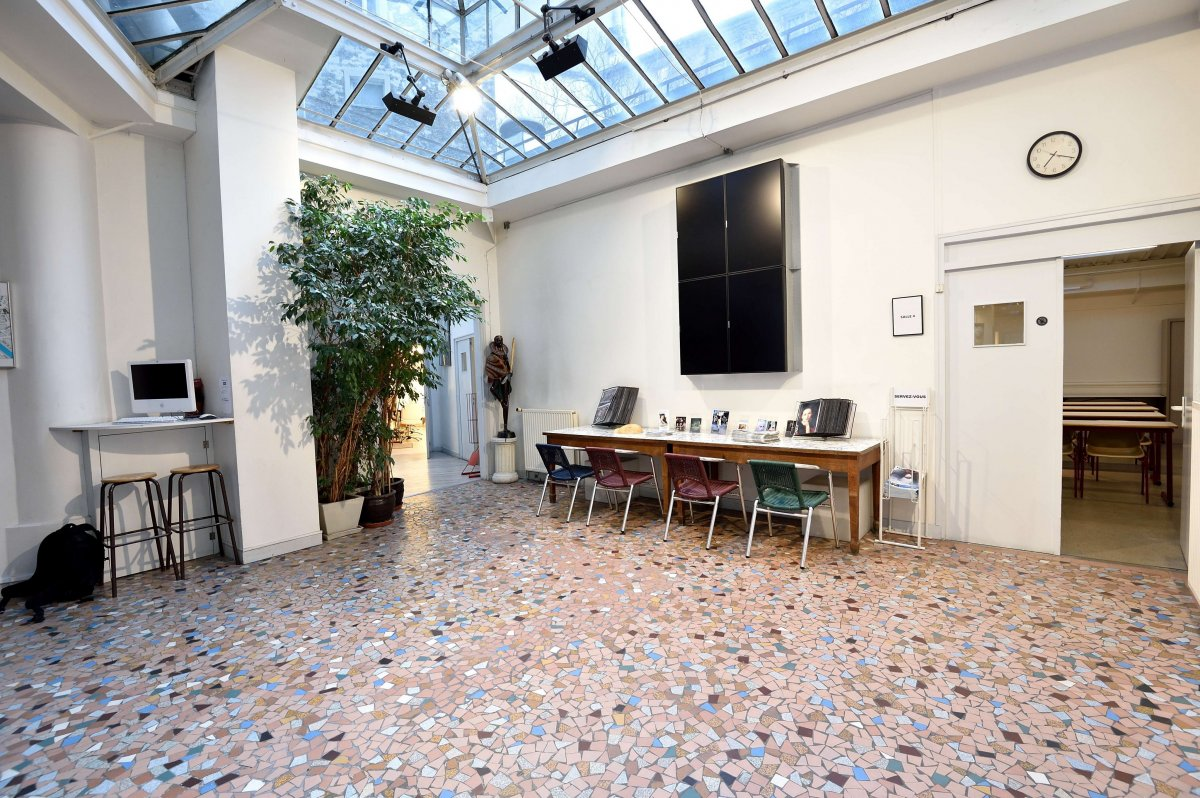Vente Murs de boutique  - 672.23m² 75005 Paris
